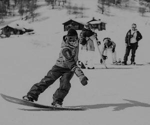 lezioni programmi e prezzi Madness Snowboard School Livigno improve your style